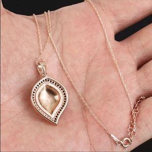 Vintage Jewelry - Ottoman Modern Flame Shape Silver Onyx Necklace